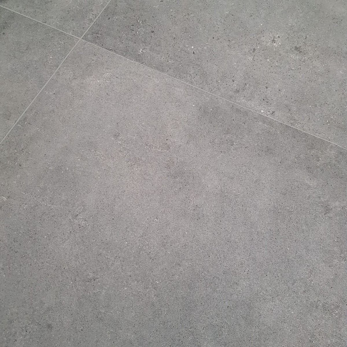 Vloertegel betonlook in grey 80x80
